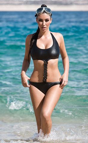 Kim Kardashian snirkeling